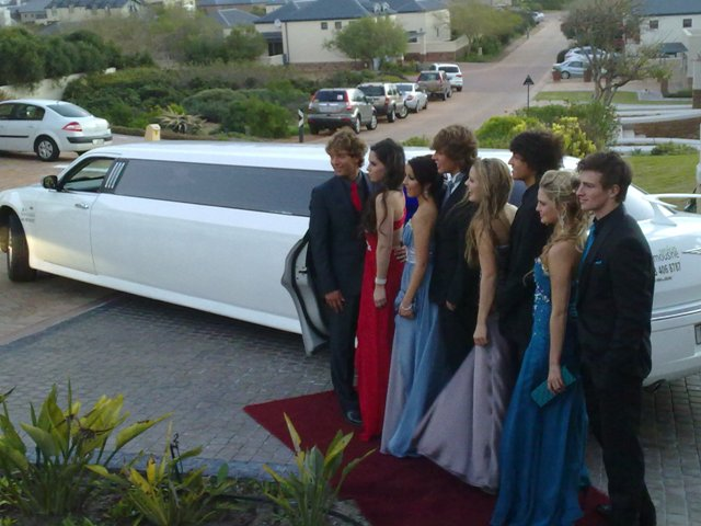 matric-dance-limousine-hire