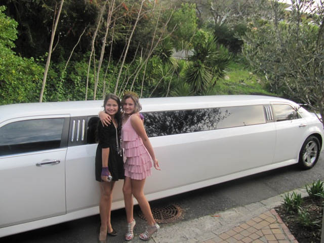 teen-parties-limo-hire